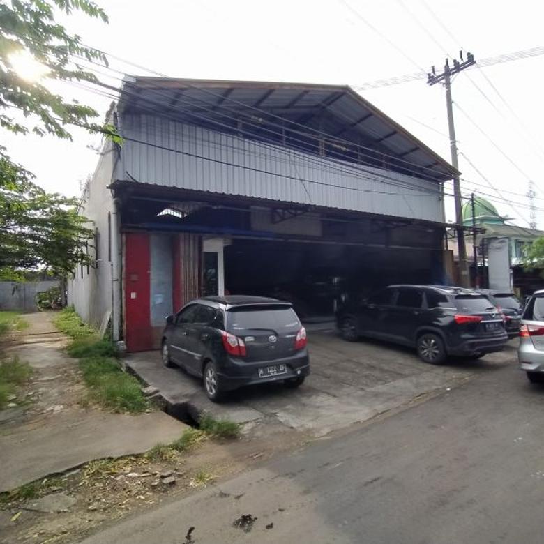Bangunan + Tanah Pinggir Jalan Raya
