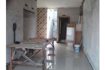 Rumah New Minimalis di Jalan Raya Saturnus Siap Huni