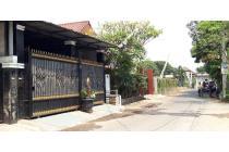 Rumah Mewah dalam Komplek di Curug Agung, Tanah Baru, Depok