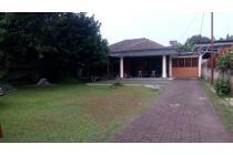 Rumah dengan Tanah Luas di lokasi strategis di kota Depok