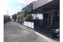 Rumah monang maning