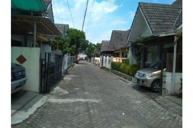 Jual Rumah Mewah Siap Huni Dekat STTNAS Yogyakarta LT 186 m2 13696301