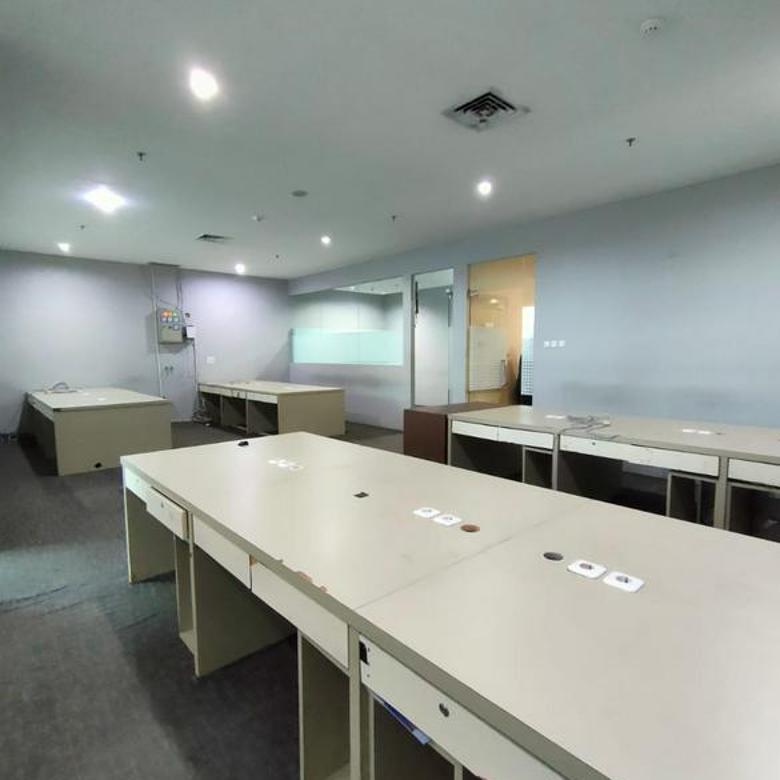 Murah Office Space 142,24 sqm APL Tower at Central Park, Jakarta Barat.