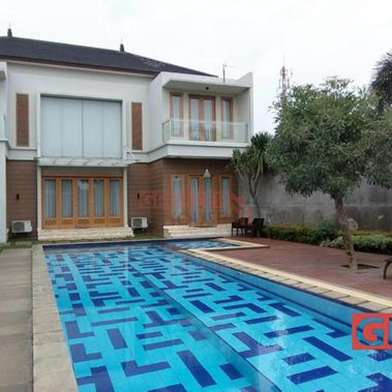 Rumah View Cantik, Halaman Luas @ Cipete, LT/LB: 1017/500