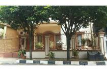 Rumah mewah Di Jual dalam komplek billymoon Jakarta Timur