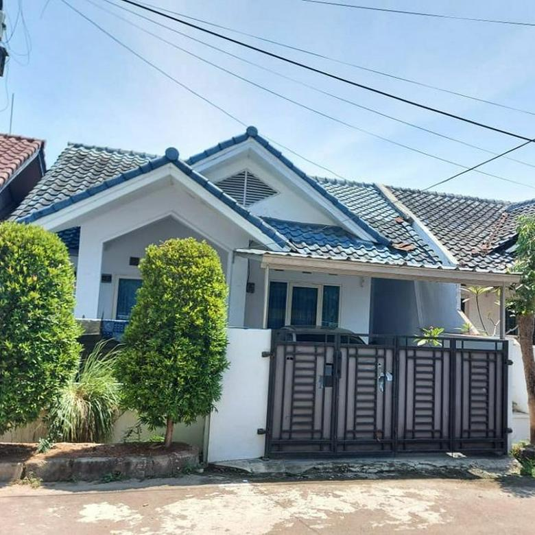 Rumah Cantik di Bulevar Hijau Harapan Indah Bekasi