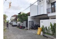 BALIKUBUCOM | AMS-048 House 4 floor Jl Batan Kangin Tibubeneng