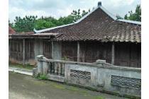 Rumah Kayu Jenis Limasan Antik Full Kayu Jati Cocok untuk Villa
