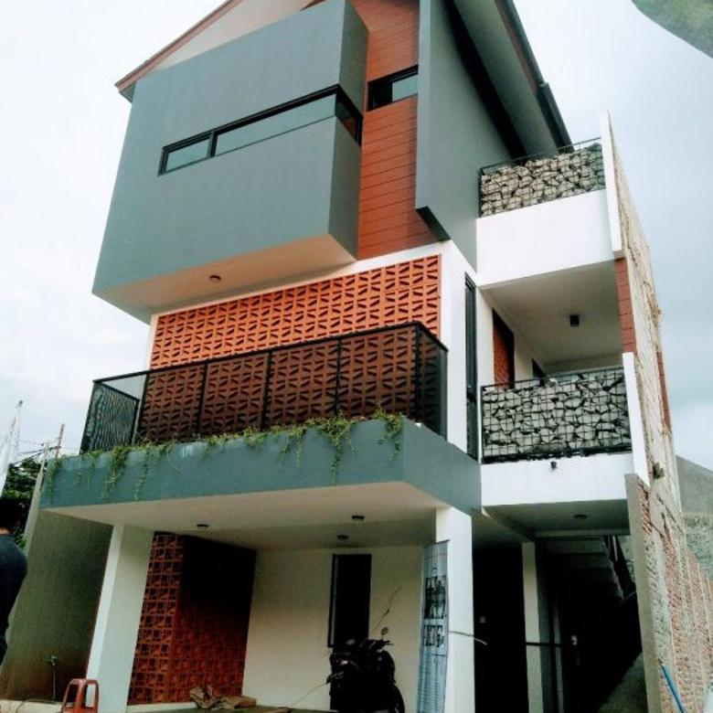 Rumah 3 Lantai Konsep Modern Style Milenial di Jagakarsa