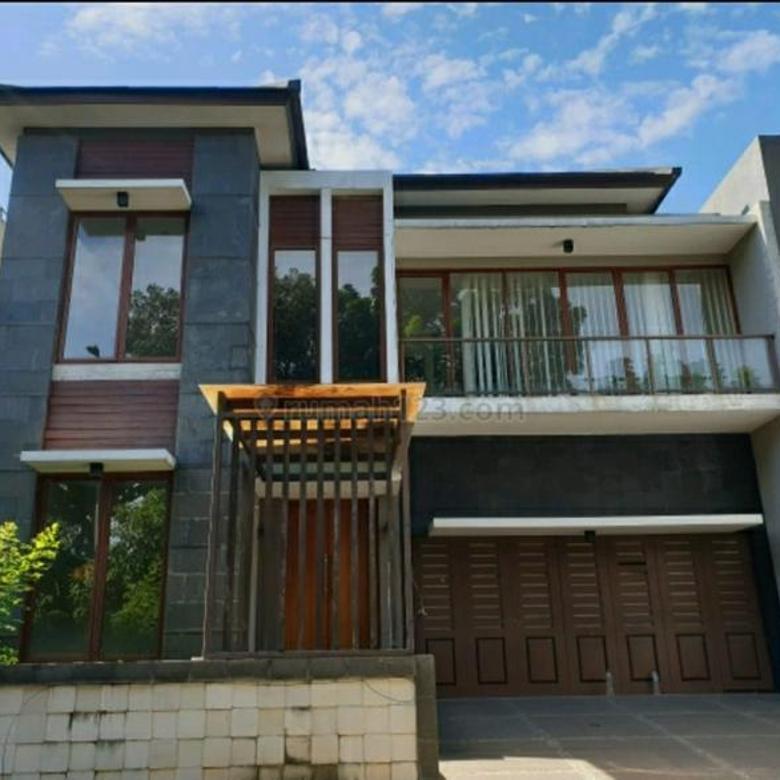 Rumah Bagus Dengan Fasilitas Pool di Graha Taman Bintaro Sektor 9