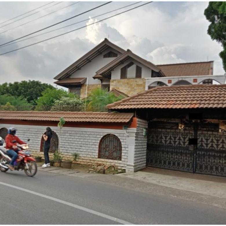 Rumah di Jl Taruna Raya Cibubur