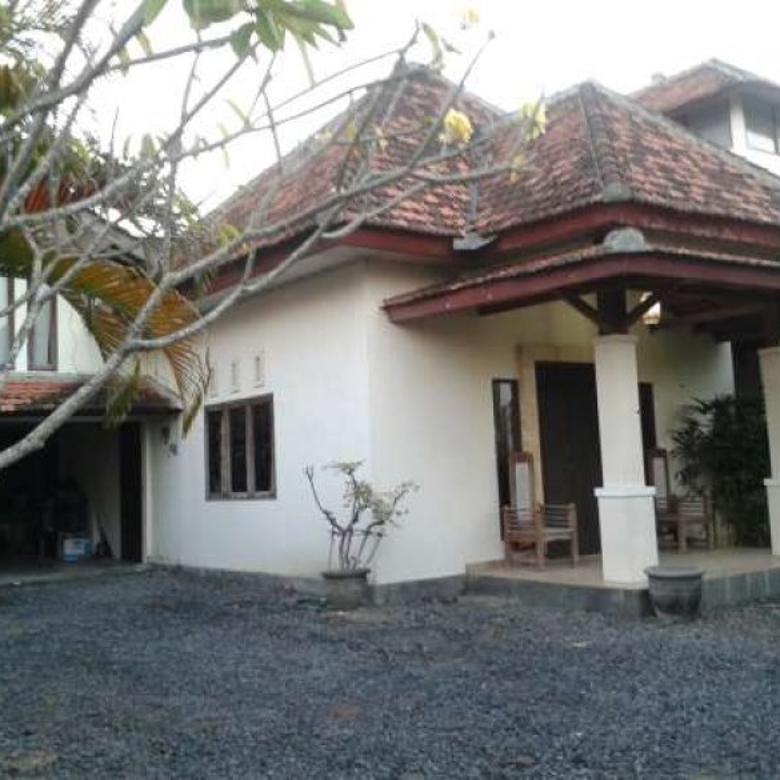 Dijual Villa Lokasi Terbaik di Desa Tibubeneng, Kuta Utara, Bali A