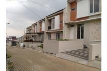 Rumah 2 Lantai di Sariwangi dekat Tol Pasteur NO Macet bisa KPR DP ringan