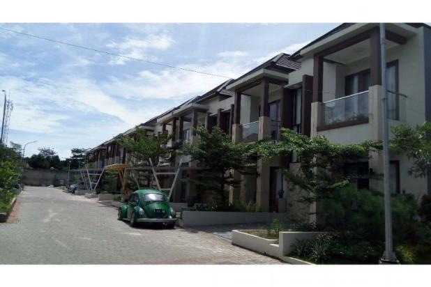 Rumah 2 lantai di dalam town house exclusive di Jatibening, Bekasi 12960396