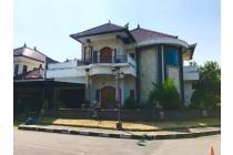 Rumah di perum elite teras ayung gatsu denpasar