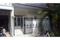 Disewa Rumah baru Renov kondisi baru di Jl. Palapa, Tegal Alur, Cengkareng.