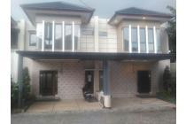 Rumah siap huni dan terdekat ke jalan raya jati asih bekasi