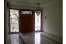 Rumah Mewah di lingkungan Premium Mega Kuningan, Jakarta Selatan