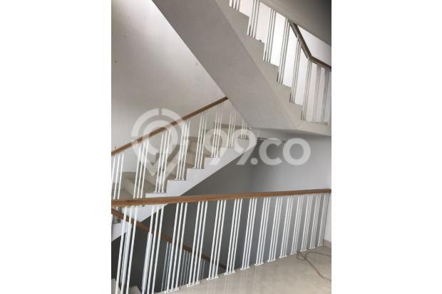 Dijual Rumah Baru 3 Lantai di Pondok Labu Cilandak Jakarta Selatan 17713128