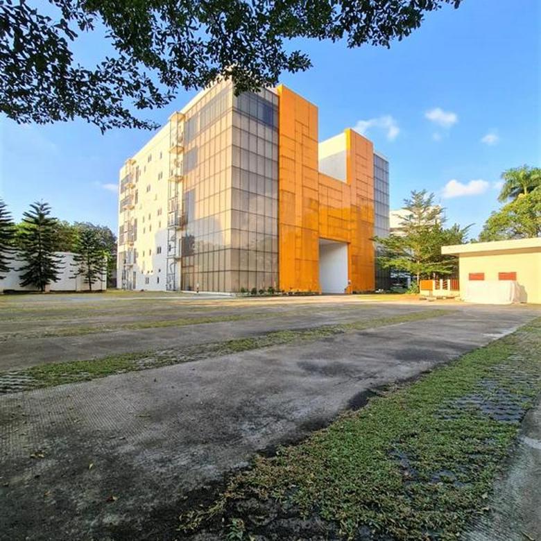 Gedung Serbaguna di Jln Raya Hankam, Bambu Apus, Jakarta Timur.