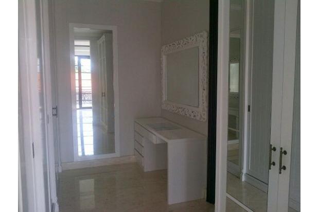 Brigitta Chin-dijual Rumah mewah 2lt di Kemang Selatan LB 850m2 Rp.17M nego 14418256