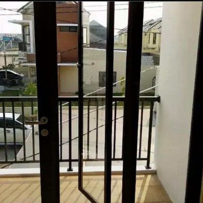Dijual Rumah di Cluster Green ara Harapan indah Bekasi