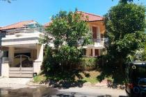 Rumah Graha Famili Jalan Kembar Boulevard Classic Lux Surabaya