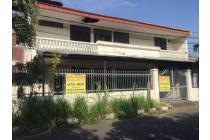 Jual 2 Rumah Jejer Hitung Tanah di Semolowaru Elok, Surabaya