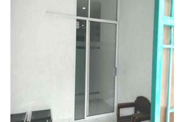Rumah Mewah Taman Palem Lestari Uk. 200 m2 Pemandangan Asri Harga Nego !!! 18159012