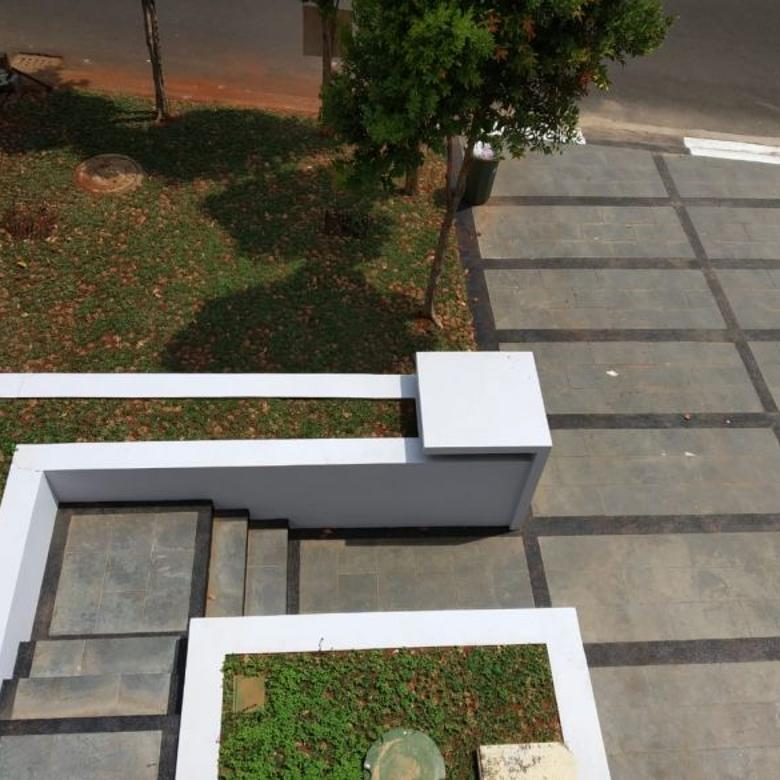 Dijual Exclusive Rumah di Kebayoran Residence Bintaro 2180-SC