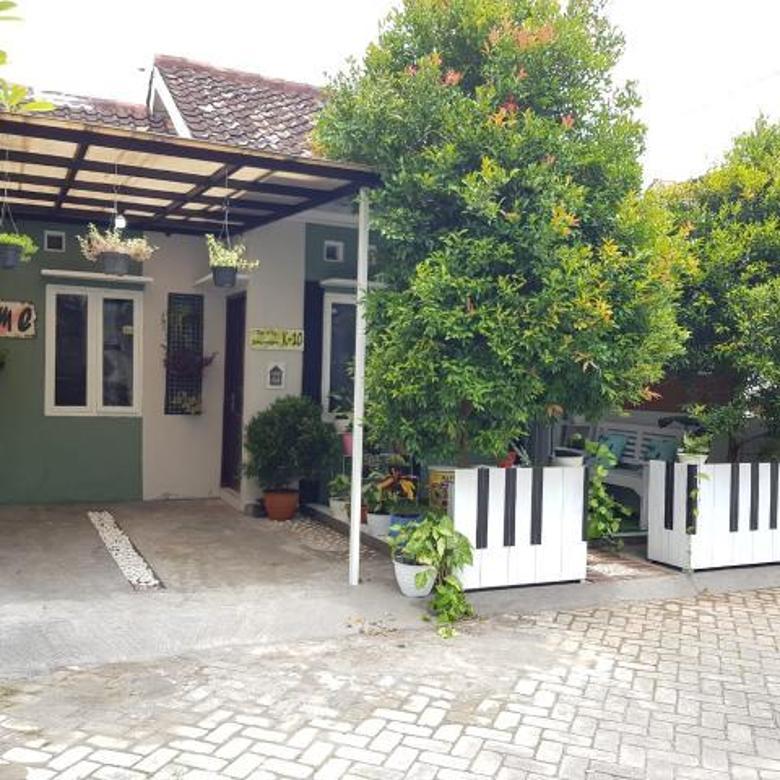 MURAH BANGET...! Rumah CANTIK MINIMALIS - Harga EKONOMIS Di dalam Perumahan Villa Banguntapan Bantul