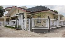 Villa di Tengah Kota Jl. Monjali Murah BU Cepat JPS