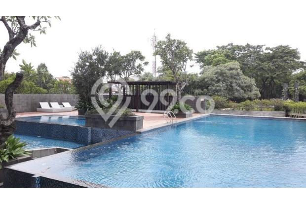 Swimming Pool 15865291