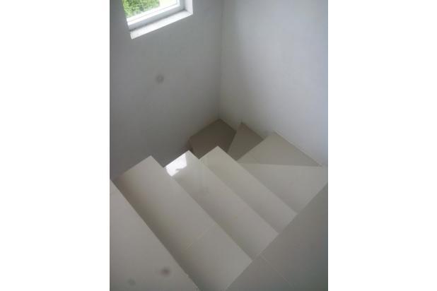rumah di jual lokasi strategis harga murah 13873790
