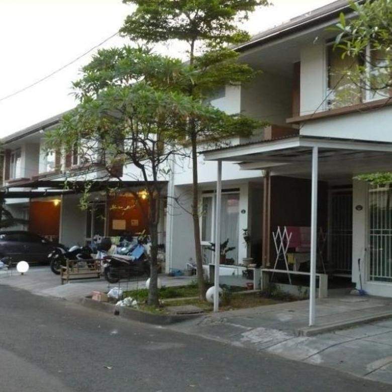 Rumah minimalis Istana Sudirman Bandung design manis