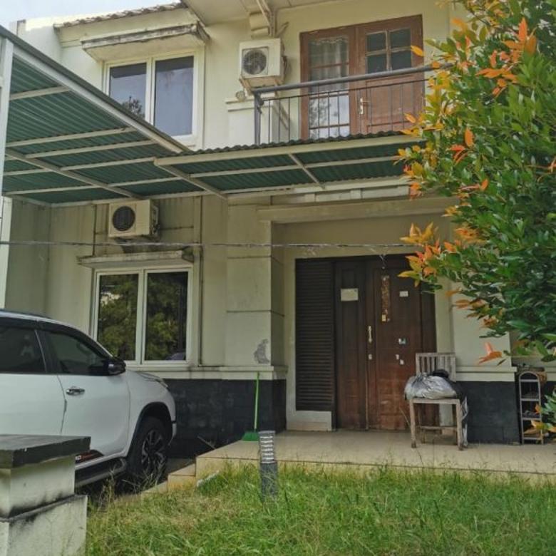 Dijual Rumah di Kawasan Nyaman dan Hijau(Telaga Golf Sawangan)