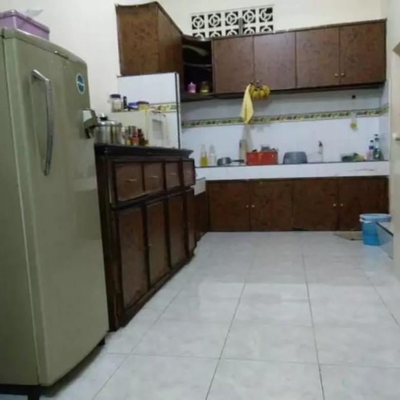 Rumah Bagus 3 Lantai Di Taman Sari Jakarta Barat MP5115JS