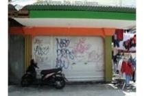TANAH DIJUAL: Dijual Bangunan dan Tanah Cocok Untuk Usaha di Condong Catur