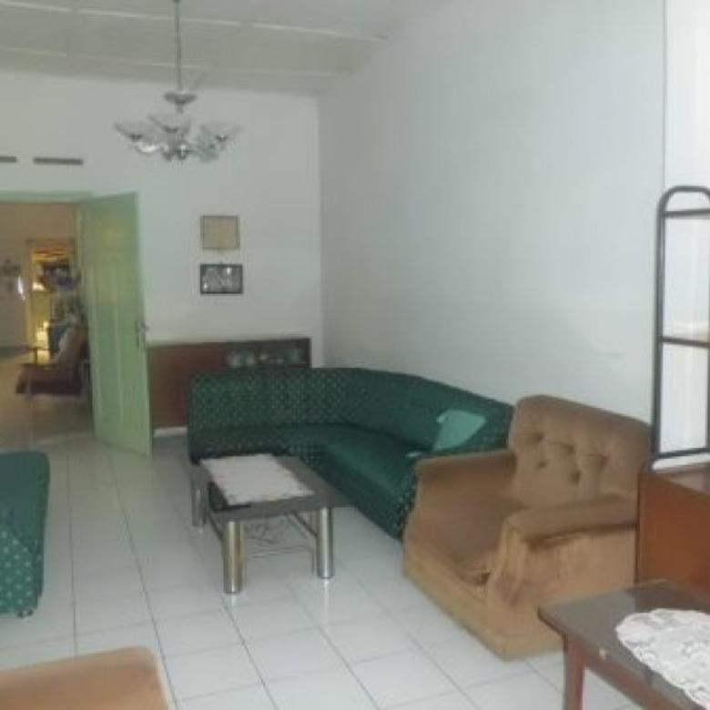 Rumah di Jalan Anyer sayap Jl Jakarta jarang Ada Murah.......