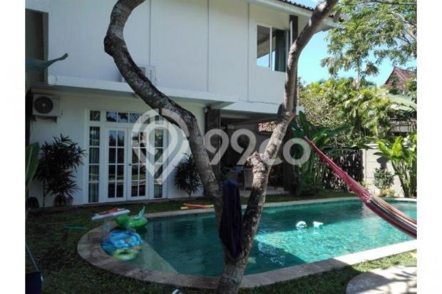 Di jual villa mewah dan asri daerah kerobokan 12397955