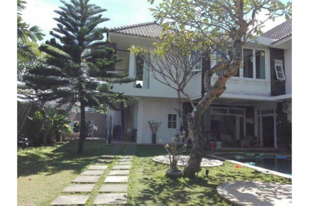 Di jual villa mewah dan asri daerah kerobokan 12397956