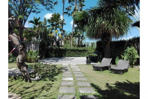 Di jual villa mewah dan asri daerah kerobokan 12397957