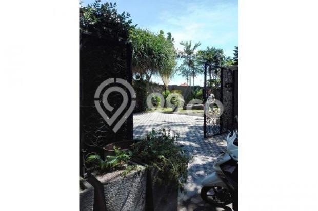 Di jual villa mewah dan asri daerah kerobokan 12397965