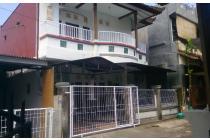 Rumah kebo Iwa dekat MCD dan KfC Gatsu Barat