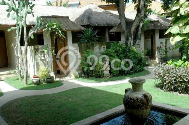 hotel istimewa depan pantai legian kuta bali 9557340