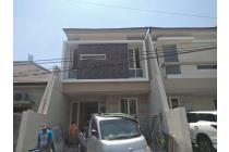 Rumah baru minimalis di manyar tirtoasri