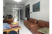 Dijual Rumah Bagus untuk Home Industri di Taman Kopo Indah
