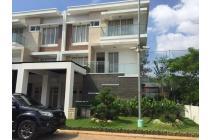 kan  Rumah Cantik / townhouse view golf @Golf Residences Kemayoran