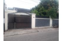 Dijual Rumah di Jln. Mampang Prapatan XVI no.  34D