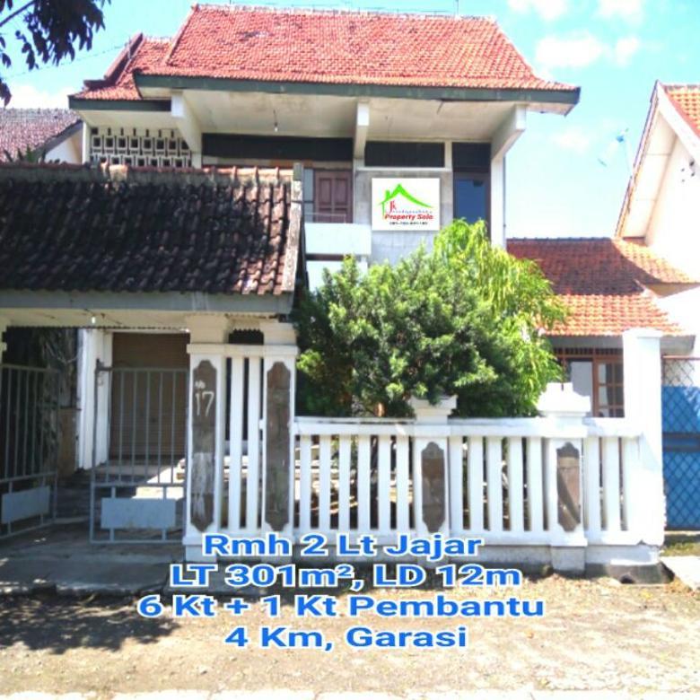 Rumah 2 Lt di Kerten Surakarta